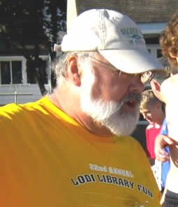 Tom Long, volunteer extraordinaire!